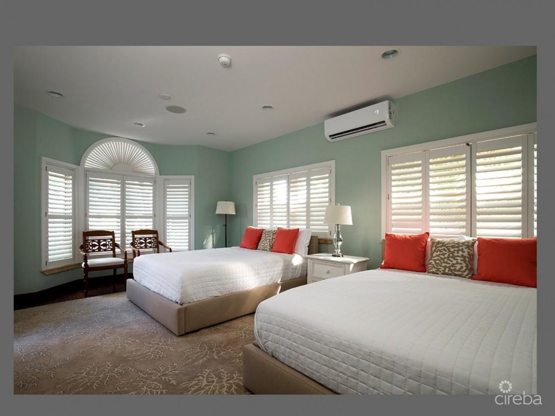 Luxury Beachfront Home For Quarantine Stays - Image 13