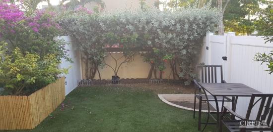 Egret Walk- Updated 2  Bedroom Plus Loft/2bath- Close To Town